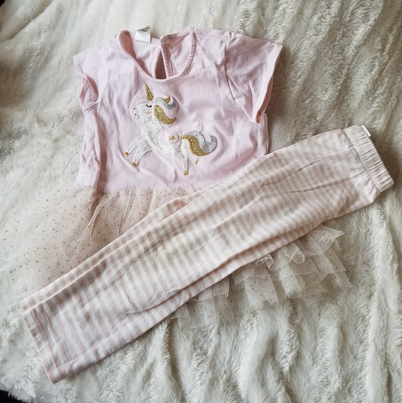Other - 4T outfit
